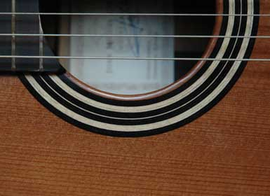 juan_miguel_carmona_09b_rosette_Guitarreria